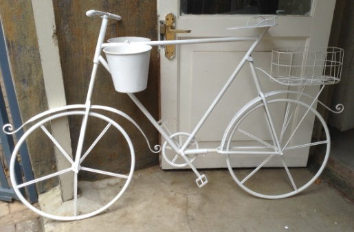 vintage bicyle to hire