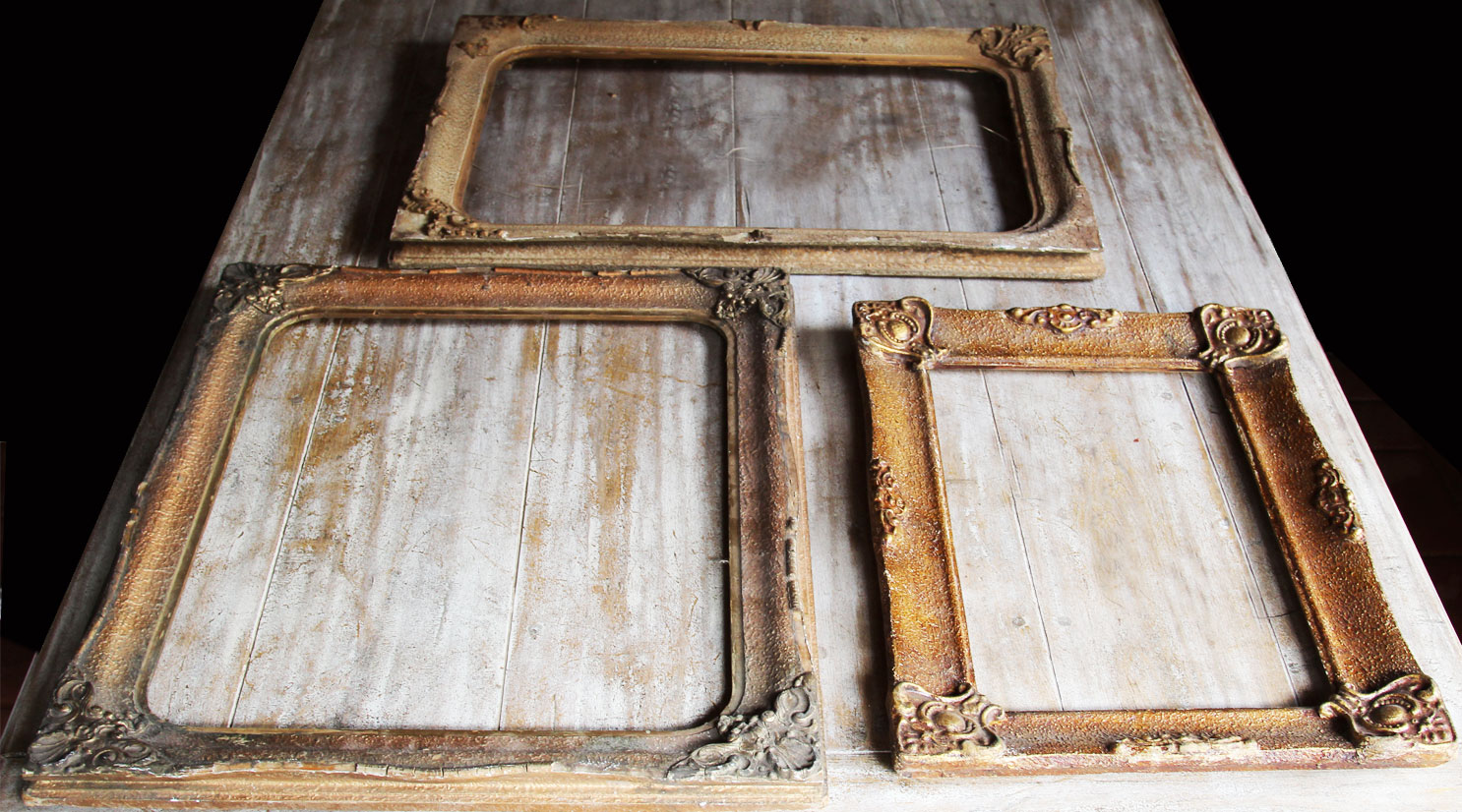 vintage frames to hire